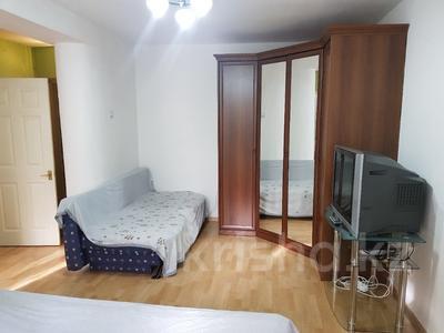 1-комнатная квартира, 35 м², 2 эт. посуточно, Абая 164 — Кунаева за 7 000 ₸ в Алматы, Алмалинский р-н — фото 2