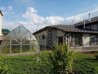 12-комнатный дом, 1000 м², 15 сот.