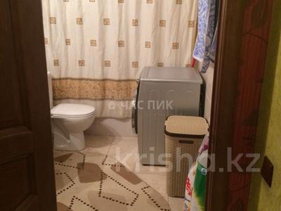 2-комнатная квартира, 50 м², 9 эт. помесячно, Иманова 26 за 120 000 ₸ в Нур-Султане (Астана), р-н Байконур — фото 8