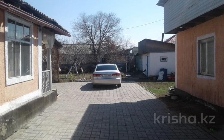 6-комнатный дом, 120 м², 10 сот., мкр Коккайнар, Тохтарова 23 за 20 млн 〒 в Алматы, Алатауский р-н