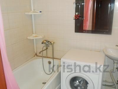 1-комнатная квартира, 43 м² посуточно, Микрорайон Каратал 17/2 за 5 000 〒 в Талдыкоргане — фото 2