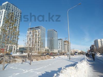 3-комнатная квартира, 98.96 м², Улы Дала 11 за ~ 37.7 млн 〒 в Нур-Султане (Астана), Есиль р-н — фото 3