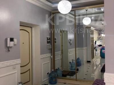 4-комнатная квартира, 145 м², 1/5 этаж, мкр Актобе 25ДА за 68.7 млн 〒 в Алматы, Бостандыкский р-н