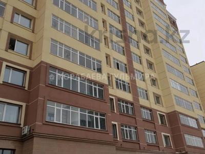 2-комнатная квартира, 85 м², 4/12 этаж, Алтыбакан — Каныша Сатпаева за 23.5 млн 〒 в Нур-Султане (Астана), Алматинский р-н