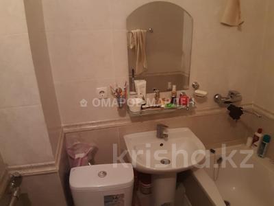 2-комнатная квартира, 43 м², 3/5 этаж, мкр Аксай-2 — Момышулы за 17.5 млн 〒 в Алматы, Ауэзовский р-н — фото 5