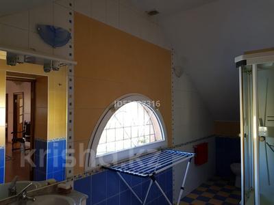 5-комнатный дом, 250 м², 15 сот., Жетысу за 52 млн 〒 в Панфилове (Табаксовхоз) — фото 4