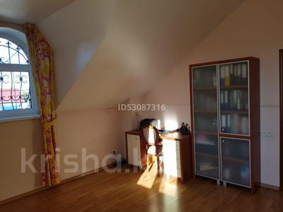 5-комнатный дом, 250 м², 15 сот., Жетысу за 52 млн 〒 в Панфилове (Табаксовхоз) — фото 5