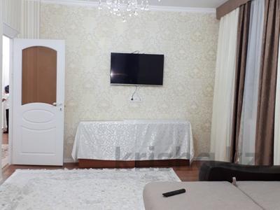 2-комнатная квартира, 70 м², 6/9 эт. посуточно, Абая 62а — Капал ЛЮКС за 10 000 ₸ в  — фото 24