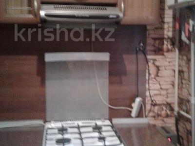 2-комнатная квартира, 60 м², 1/4 эт. помесячно, Гагарина за 70 000 ₸ в Шымкенте, Абайский р-н — фото 6