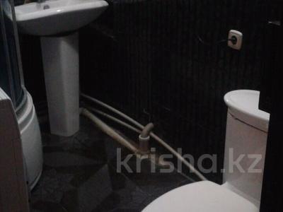2-комнатная квартира, 60 м², 1/4 эт. помесячно, Гагарина за 70 000 ₸ в Шымкенте, Абайский р-н — фото 7