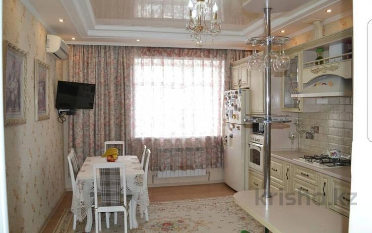5-комнатный дом, 300 м², 6 сот., Наурызбай Батыра 7а за 32 млн ₸ в Косшы