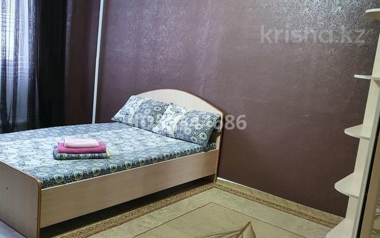 1-комнатная квартира, 36 м², 2/9 этаж посуточно, улица Естая 140 за 6 000 〒 в Павлодаре