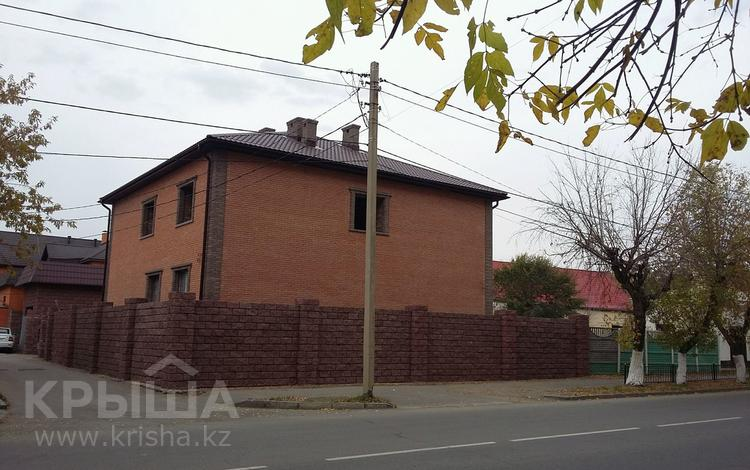 9-комнатный дом, 420 м², 8 сот., 1 Мая 30 — Кривенко за 75 млн ₸ в Павлодаре
