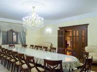 7-комнатный дом, 803 м², 12 сот.