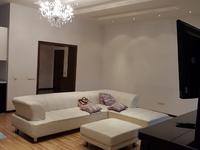 4-комнатная квартира, 200 м², 2/5 этаж помесячно