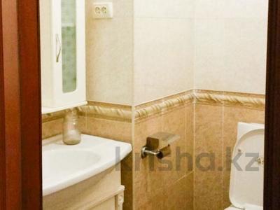 Офис площадью 248.1 м², Байзакова — Казыбек би за 118 млн ₸ в Алматы, Алмалинский р-н — фото 7