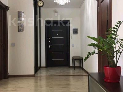 3-комнатная квартира, 90 м², 6/9 эт. помесячно, Момышулы 2/6 за 200 000 ₸ в Нур-Султане (Астана), Алматинский р-н