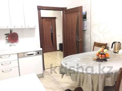 3-комнатная квартира, 90 м², 6/9 эт. помесячно, Момышулы 2/6 за 200 000 ₸ в Нур-Султане (Астана), Алматинский р-н — фото 3