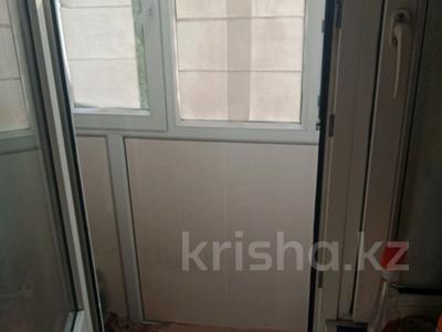 1-комнатная квартира, 30.5 м², 3/5 этаж, улица Сакена Сейфуллина за 10 млн 〒 в Нур-Султане (Астана) — фото 3