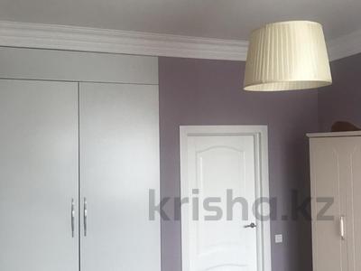 3-комнатная квартира, 92 м², 5/10 этаж, Сарайшык 34 — Акмешит за 43.5 млн 〒 в Нур-Султане (Астана), Есиль р-н — фото 8