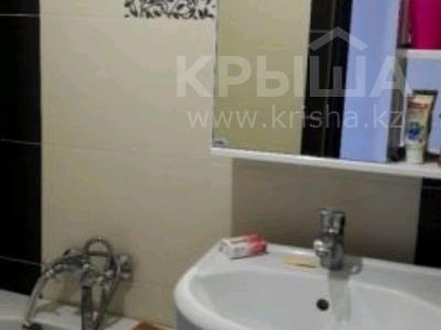 3-комнатная квартира, 64 м², 5/5 этаж, Восток2 за 12 млн 〒 в Караганде, Октябрьский р-н — фото 7
