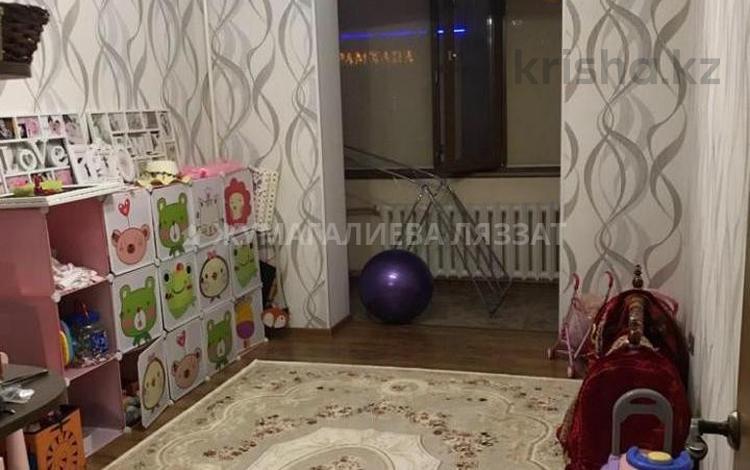 3-комнатная квартира, 65 м², 2/5 этаж, Каныша Сатпаева 13 — Куйши Дина за 27 млн 〒 в Нур-Султане (Астана), Алматинский р-н