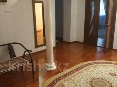 8-комнатный дом, 240 м², 8 сот., Жилгородок за 110 млн 〒 в Атырау — фото 3