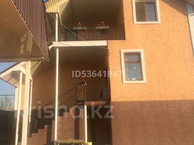 6-комнатный дом, 302 м², 9 сот., Алтын аул, ул. Баталы 52 за 40 млн 〒 в Каскелене — фото 2