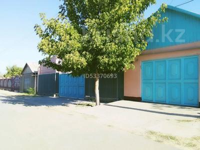 6-комнатный дом, 100 м², 10 сот., Атакент за 16 млн 〒