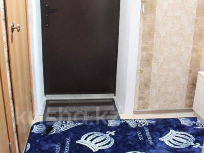 1-комнатная квартира, 32 м², 2/5 эт. по часам, Дулатова за 500 ₸ в Семее — фото 3