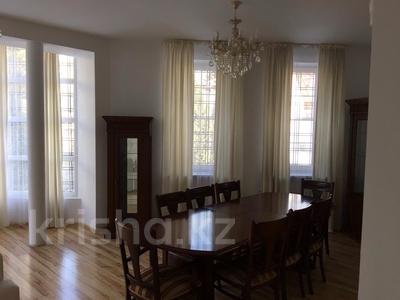 5-комнатный дом помесячно, 350 м², 10 сот., Оспанова — Достык за 950 000 ₸ в Алматы, Медеуский р-н — фото 11
