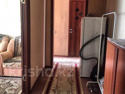 4-комнатная квартира, 77 м², 5/9 этаж, Язева 8 — проспект Шахтёров за 23 млн 〒 в Караганде, Казыбек би р-н — фото 2