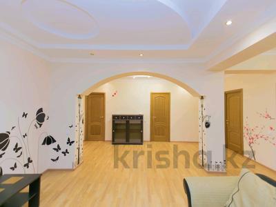 3-комнатная квартира, 150 м², 30/41 эт. посуточно, Достык 5/1 — Акмешет за 20 000 ₸ в Нур-Султане (Астана), Есильский р-н — фото 5