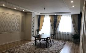3-комнатная квартира, 104 м², 4/10 этаж, Ханов Керея и Жанибека 28 — проспект Мангилик Ел за 42 млн 〒 в Нур-Султане (Астана), Есиль р-н
