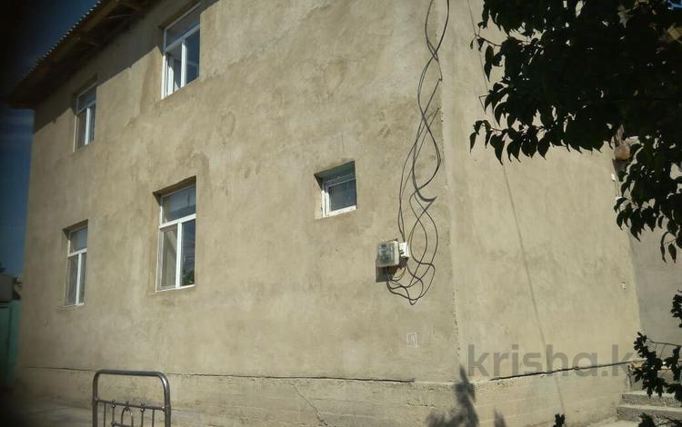 9-комнатный дом, 250 м², 6 сот., 3-й переулок Сухамбаева 65 за 27 млн ₸ в
