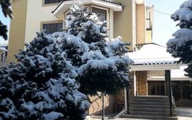 7-комнатный дом посуточно, 450 м², 7 сот., Бегалина 152 — Переулок Дачный за 80 000 ₸ в Алматы, Медеуский р-н