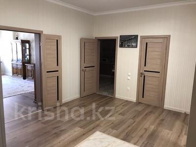 2-комнатная квартира, 84.4 м², 8/11 эт., 17-й мкр 18 за 28 млн ₸ в Актау, 17-й мкр — фото 3
