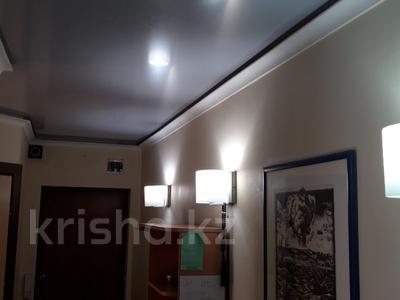 3-комнатная квартира, 58 м², 5/5 этаж, мкр Таугуль 38 за 22 млн 〒 в Алматы, Ауэзовский р-н — фото 11