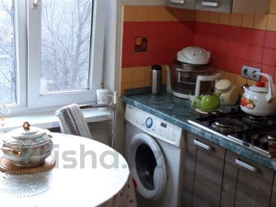 3-комнатная квартира, 58 м², 5/5 этаж, мкр Таугуль 38 за 22 млн 〒 в Алматы, Ауэзовский р-н — фото 19