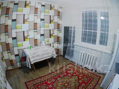 1-комнатная квартира, 39 м² посуточно, проспект Металлургов 7/4а за 5 000 〒 в Темиртау — фото 4