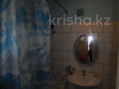1-комнатная квартира, 40 м², 1 эт. посуточно, Достык2 209 — Евразия за 5 000 ₸ в Уральске — фото 4