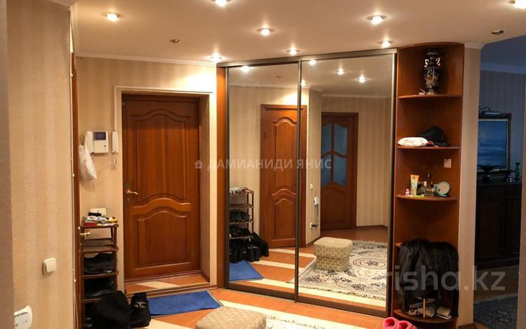 4-комнатная квартира, 130 м², 4/5 этаж, Мауленова — Абая за 65 млн 〒 в Алматы, Алмалинский р-н