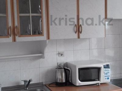 2-комнатная квартира, 48 м², 2/5 эт. помесячно, мкр №3, Саина 13 — проспект Улугбека за 90 000 ₸ в Алматы, Ауэзовский р-н — фото 5