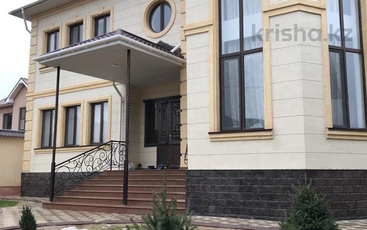 10-комнатный дом, 400 м², 10 сот., Жилой массив Академгородок б/н за 110 млн 〒 в Шымкенте, Каратауский р-н