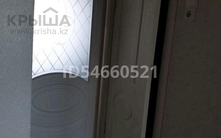 3-комнатная квартира, 65 м², 8/10 этаж помесячно, Кашаубаева 72 за 70 000 〒 в Семее