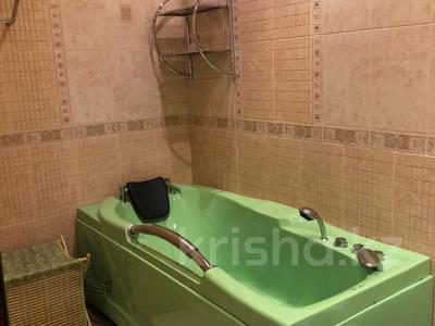 4-комнатная квартира, 150 м², 5/5 эт., Луначарского 2 за 57 млн ₸ в Павлодаре — фото 9