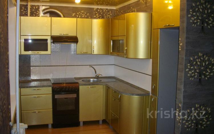 3-комнатная квартира, 63.3 м², 4/5 этаж, 2-й микрорайон 6 за 5.5 млн 〒 в Лисаковске