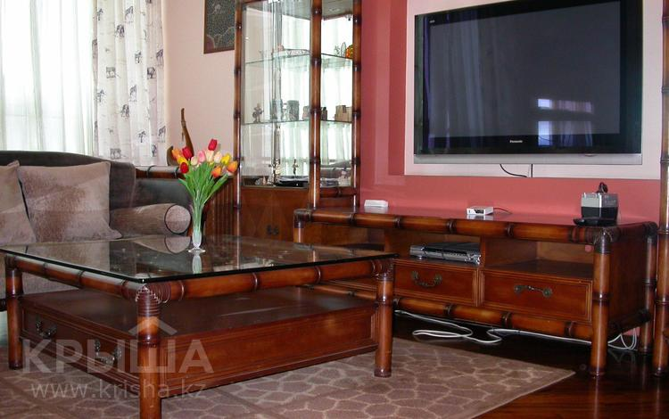 2-комнатная квартира, 80 м², 19/20 этаж посуточно, проспект Достык 162 за 13 000 〒 в Алматы, Медеуский р-н