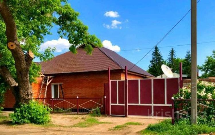 4-комнатный дом, 103 м², 6 сот., Курская 32 — Проспект Нурсултана Назарбаева за 32 млн 〒 в Павлодаре