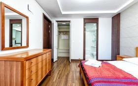 3-комнатная квартира, 98 м², 3/21 этаж посуточно, Туран 5 — Керей Жанибек хандар за 18 000 〒 в Нур-Султане (Астана), Есиль р-н